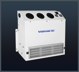 Air conditioner for truck or construction equipment